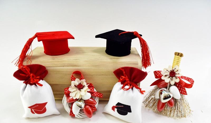 Estremamente Bomboniera laurea 2016, portafortuna portaconfetti, cappello  DJ19