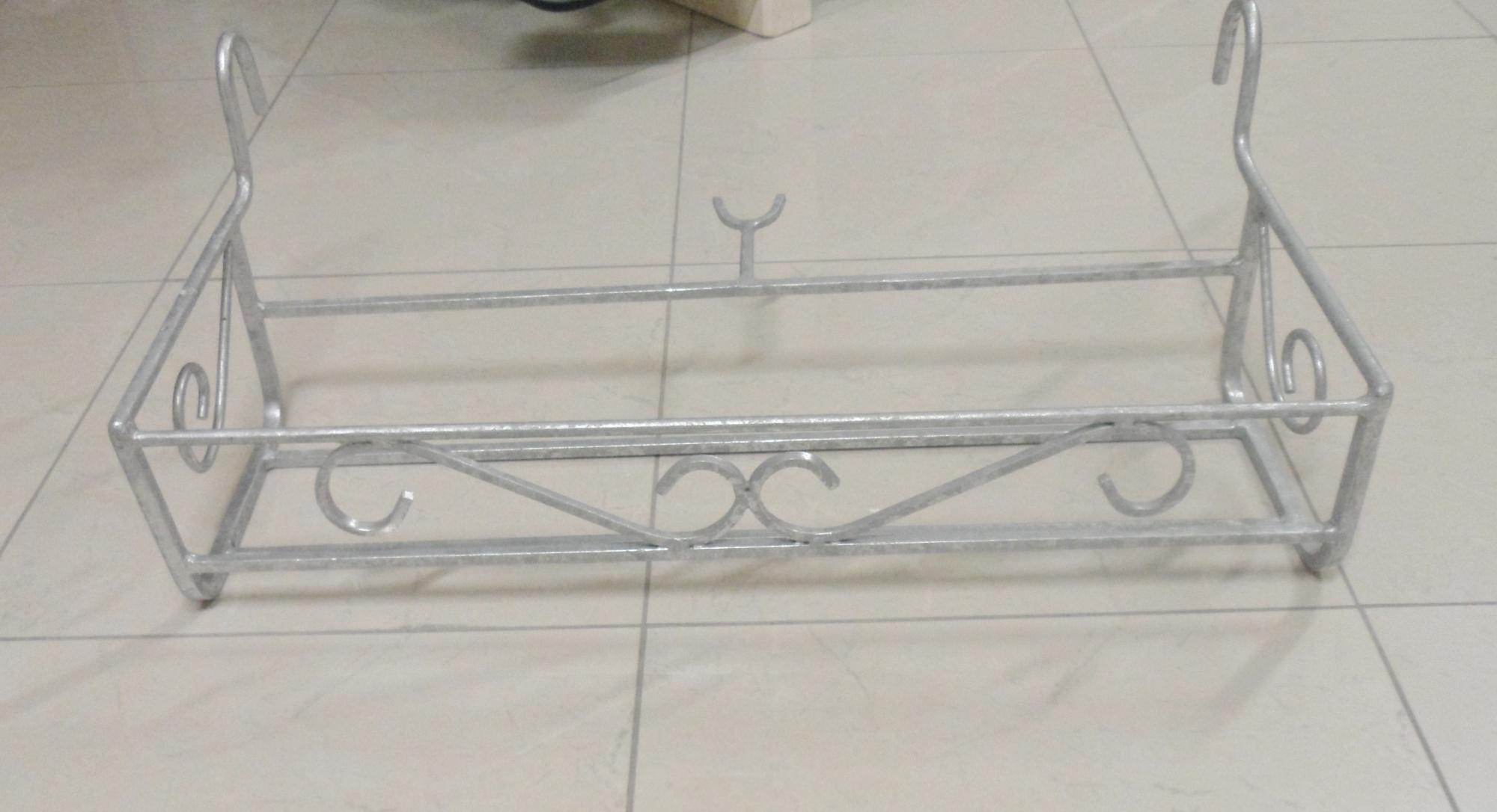 Fioriera da balcone in ferro battuto zincata grande for Fioriere in ferro